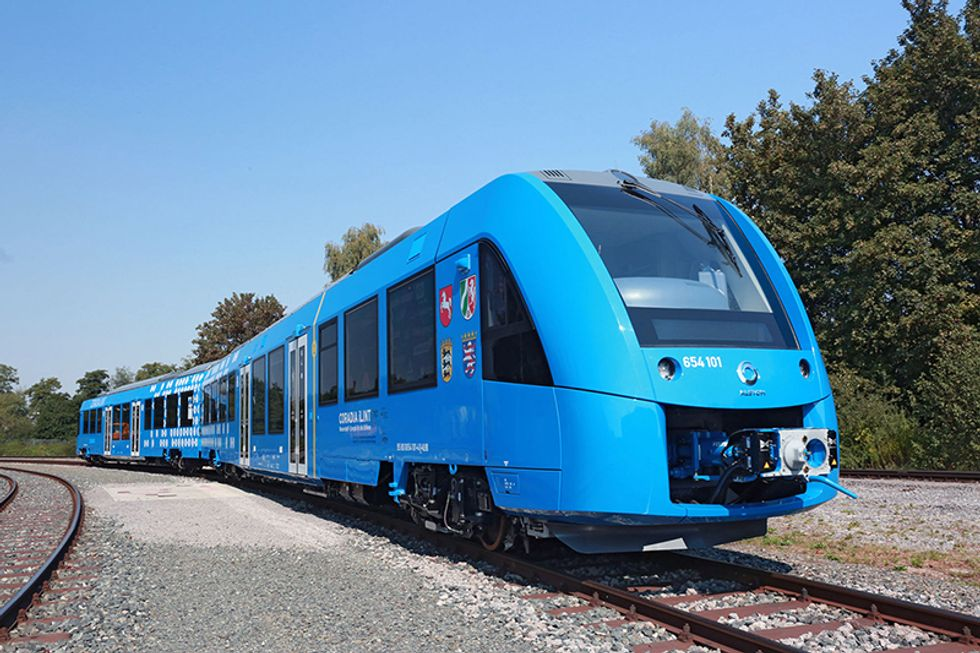 World's First Zero-Emissions Hydrogen Train Unveiled in Germany