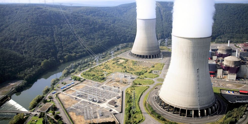 'Nuclear Industry in France in Crisis,' 20 Reactors Shut Down