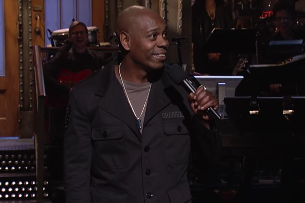 """Watch Dave Chappelle Cover Radiohead's """"Creep"""" At The SNL After Party"""