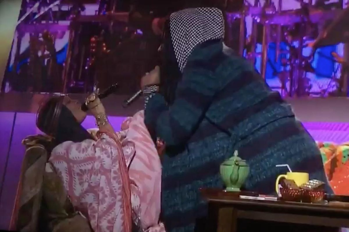 Stop Everything And Watch This Insane Erykah Badu And D.R.A.M. Duet From The Soul Train Awards