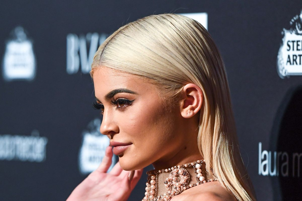 Kylie's LA Pop-Up Shop Opened to a Mall-Full of Breathless Fans