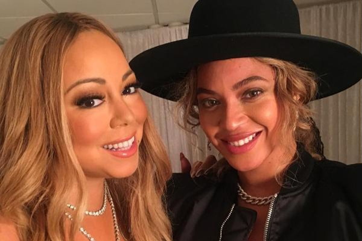 Here Is a Festive Diva Present for You: Beyonce and Mariah Took a Selfie Together