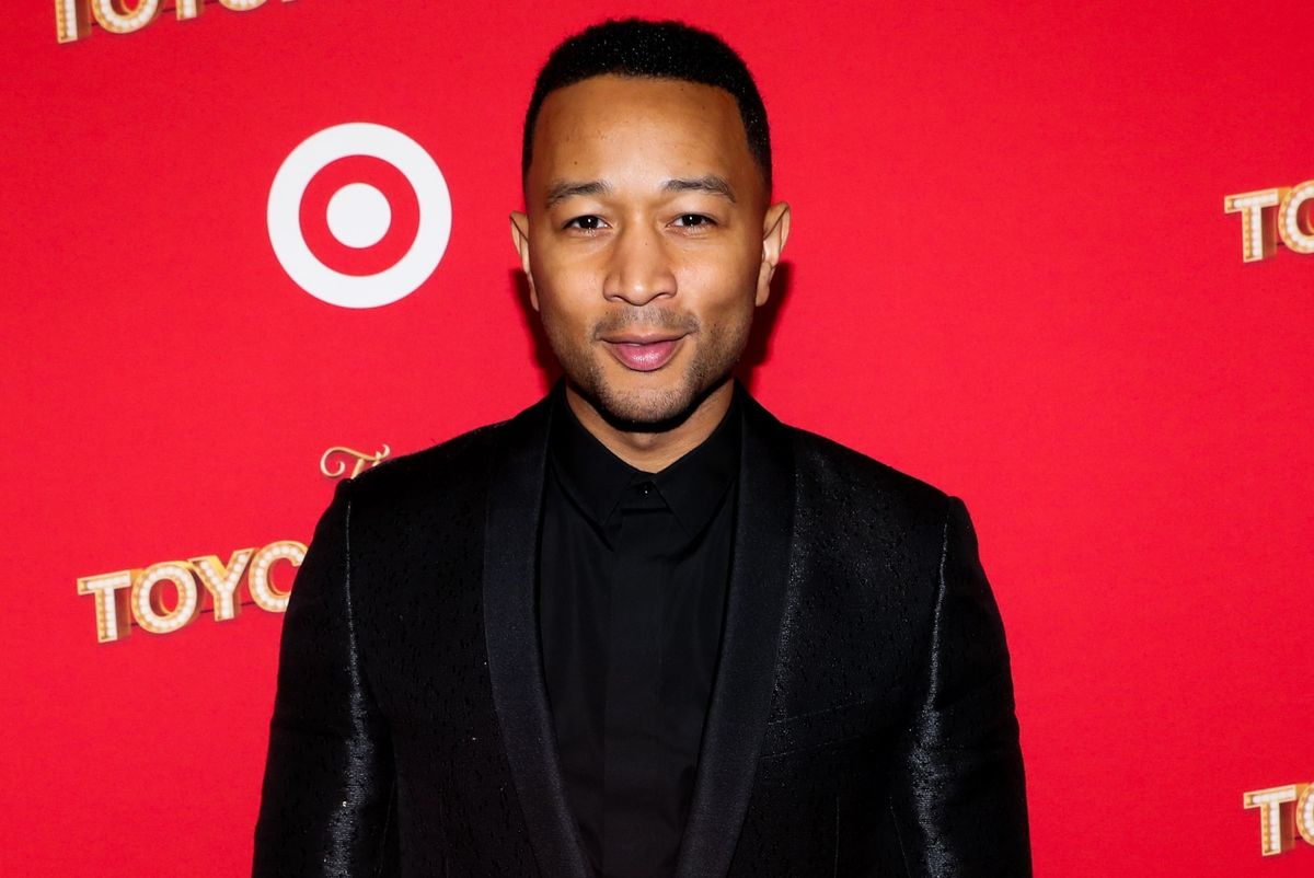 """""""Disappointed"""" John Legend Calls Kanye's Trump Meeting A """"Publicity Stunt"""""""
