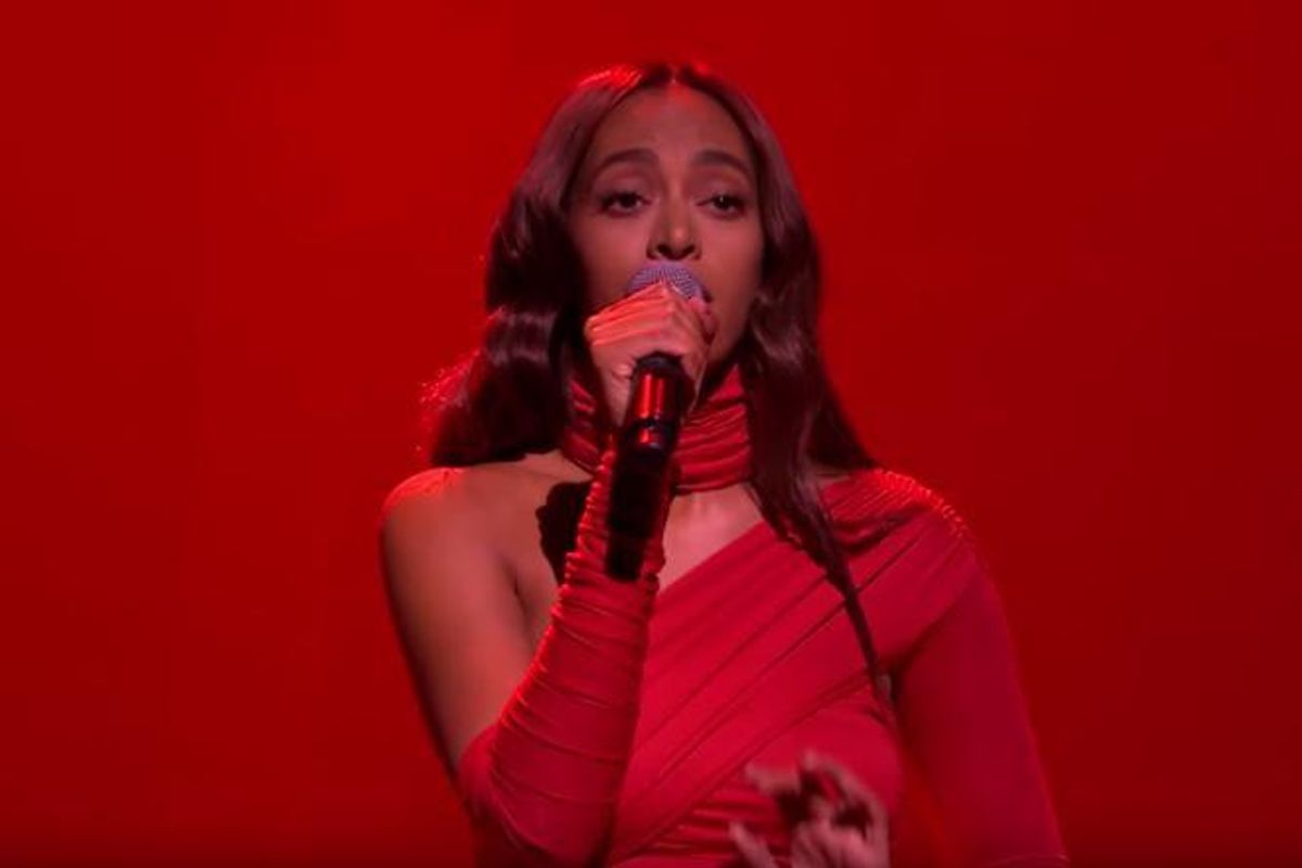 """Watch Solange's Stellar Performance of """"Weary"""" and """"Rise"""" On Fallon"""