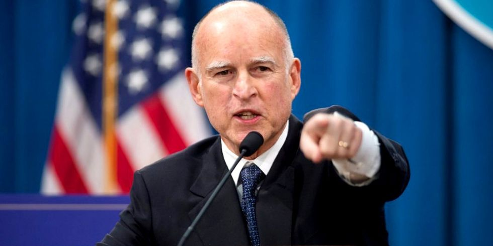 Gov. Brown to Trump: 'We've got Scientists, We've Got Lawyers and We're Ready to Fight'