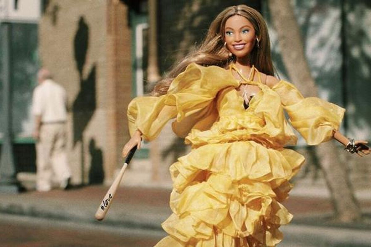This Account Recreating Beyoncé's Best Looks With Barbies Is Everything