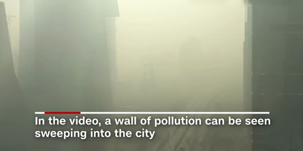 Shocking Time-Lapse Video Shows Beijing Engulfed by Smog