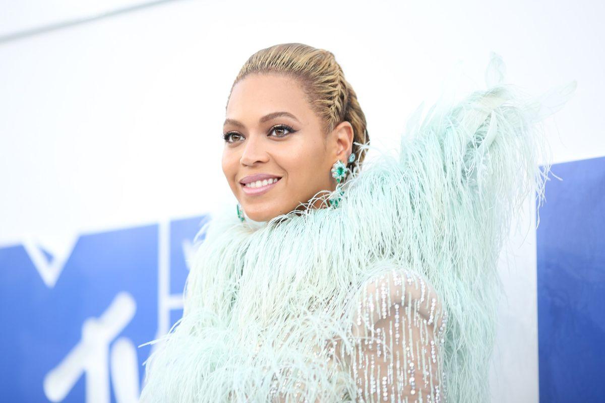 Beyonce Is Headlining Coachella This Year