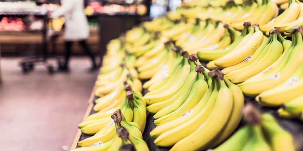 Are Bananas a Healthy, Low-Calorie Snack?