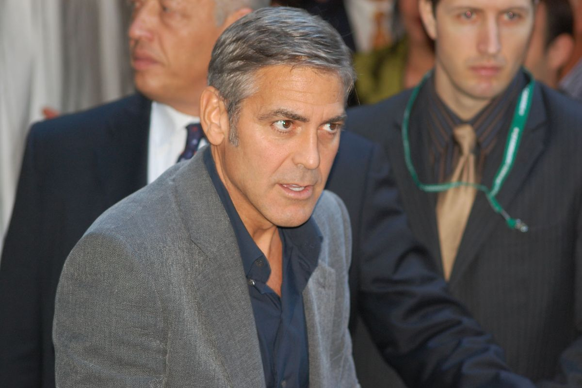 """George Clooney Delivers Donald Trump a Sweet Burn for Calling Meryl Streep """"Overrated"""""""