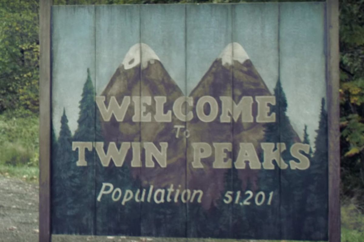 "Watch the New Teaser Trailer for the ""Twin Peaks"" Revival"