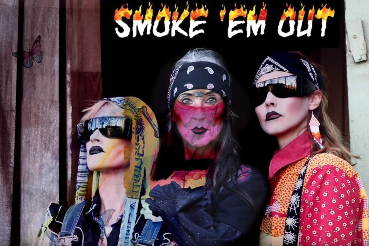 """Listen to CocoRosie and ANOHNI's New Anti-Trump Song """"Smoke 'em Out"""""""