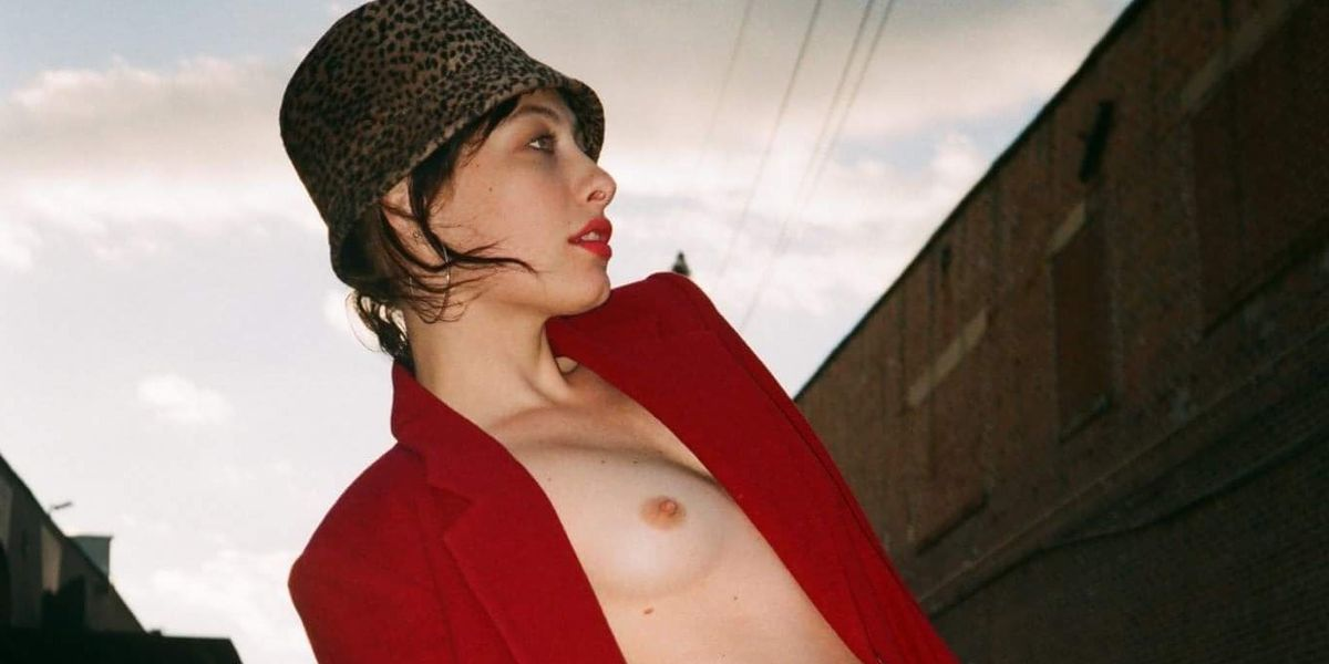 It's Samantha Urbani's World and We're Just Living in it