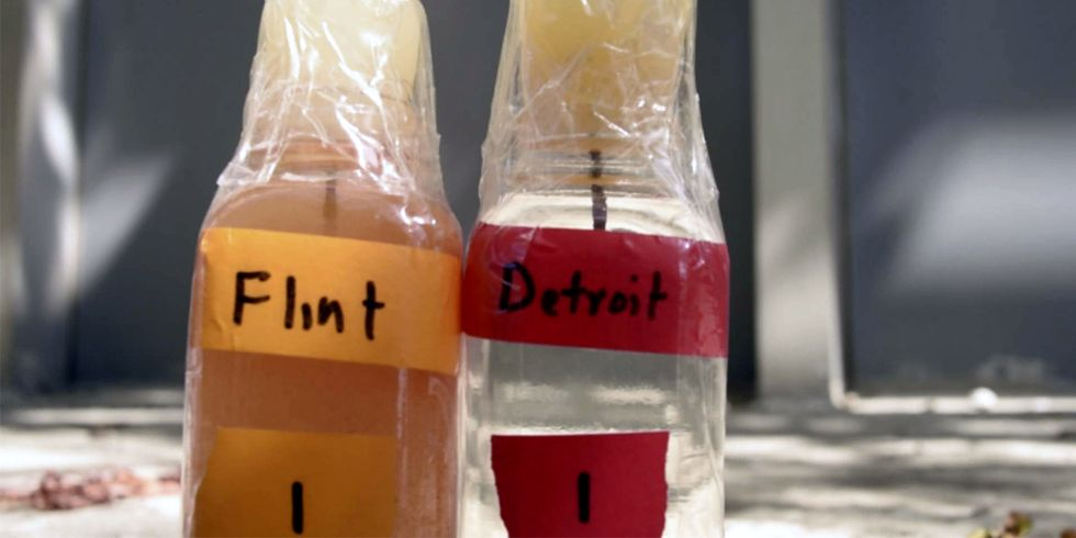 1,700 Flint Residents File Class-Action Lawsuit Against the EPA