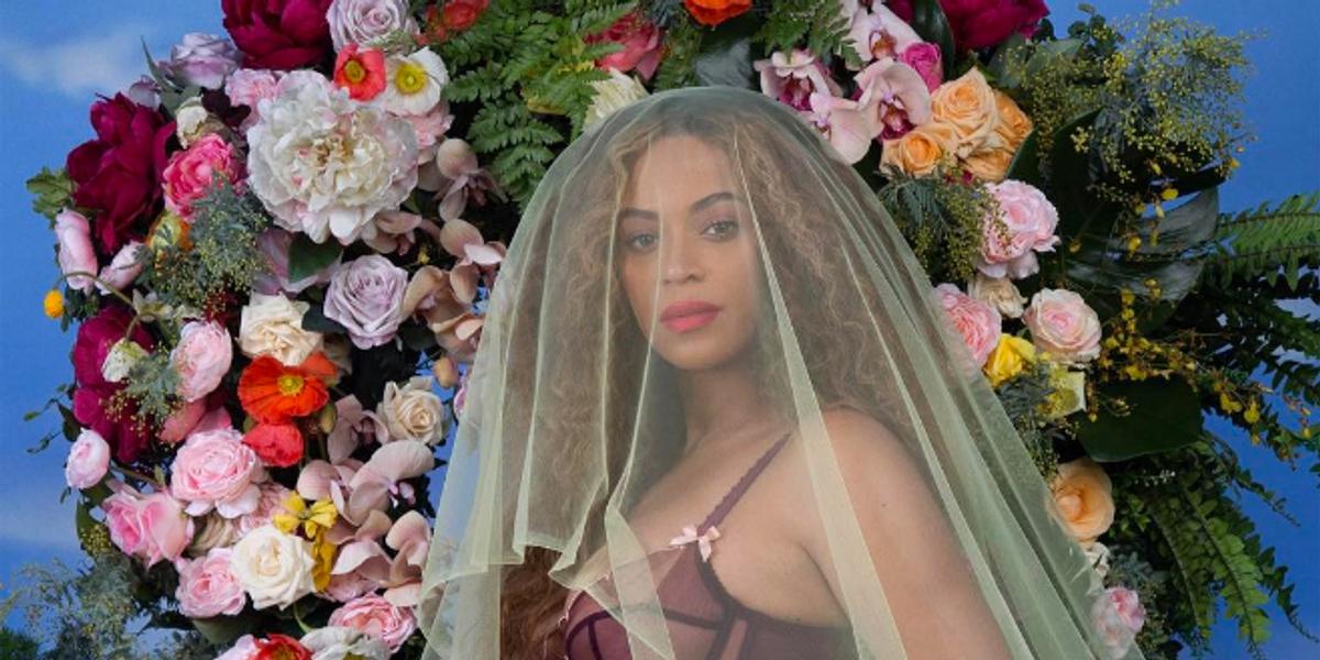 Check Out Beyoncé's Epic, Lush Pregnancy Photo Shoot