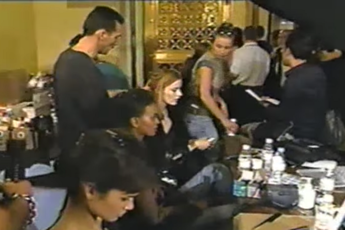"""Watch This Glorious Clip of the Early-00s Fashion Week Model Gauntlet from """"The Real Skinny"""""""