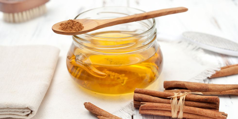 13 Powerful Home Remedies for Acne