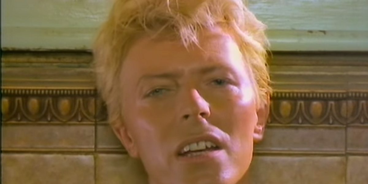 David Bowie Stans Are Crowdfunding to Erect a Three-Story Lightening Bolt in His Hometown