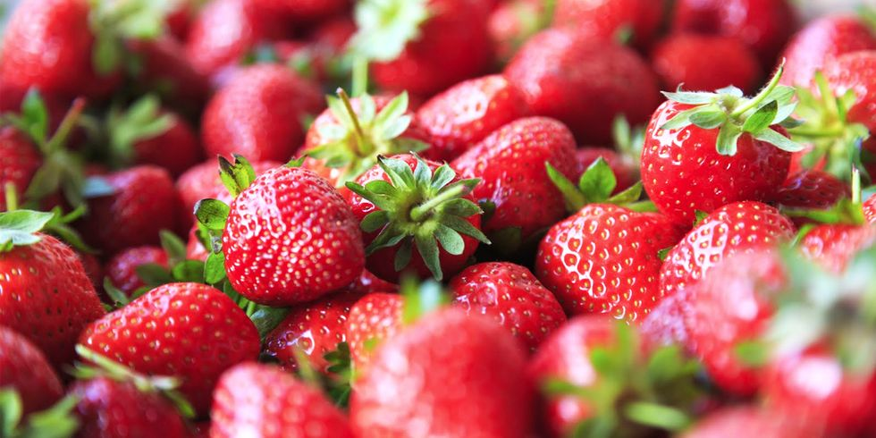 12 Fruits and Vegetables You'd Better Buy Organic