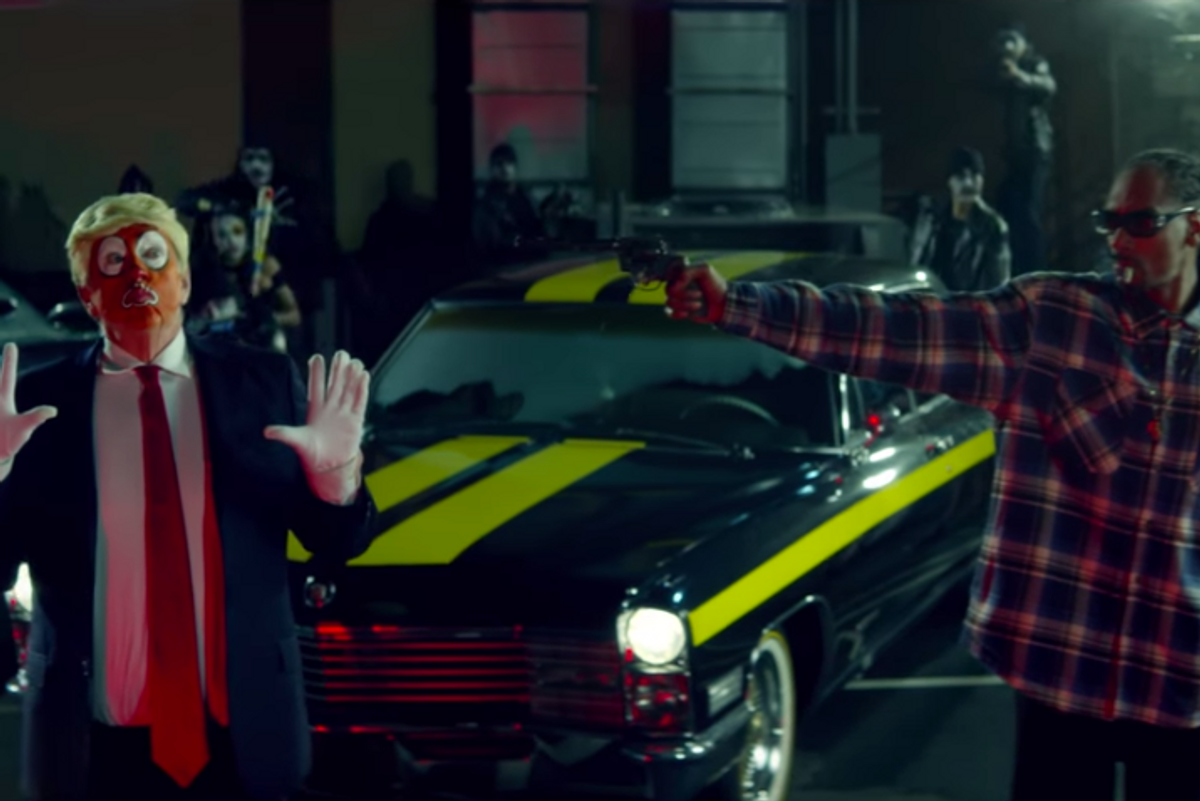 Watch Snoop Dogg Shoot Clown Trump in Political New Music Video 'Lavender'