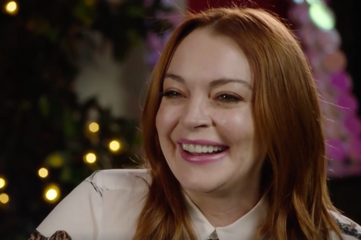 Watch Lindsay Lohan Hijack Strangers' Social Media For Her New Reality Show