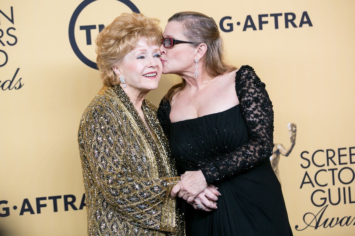 Watch the Emotional Performances from Carrie Fisher and Debbie Reynolds' Memorial Yesterday