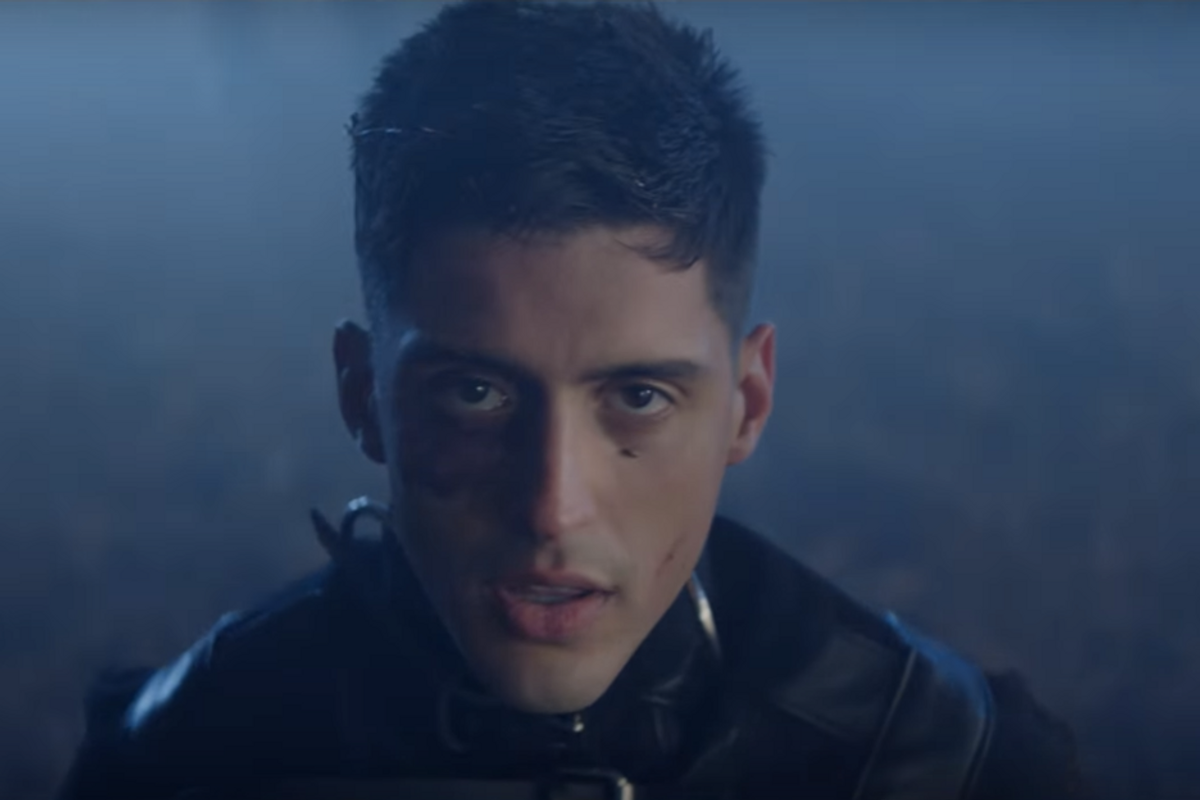 "Watch Arca's Emotional New Video for ""Desafío"""