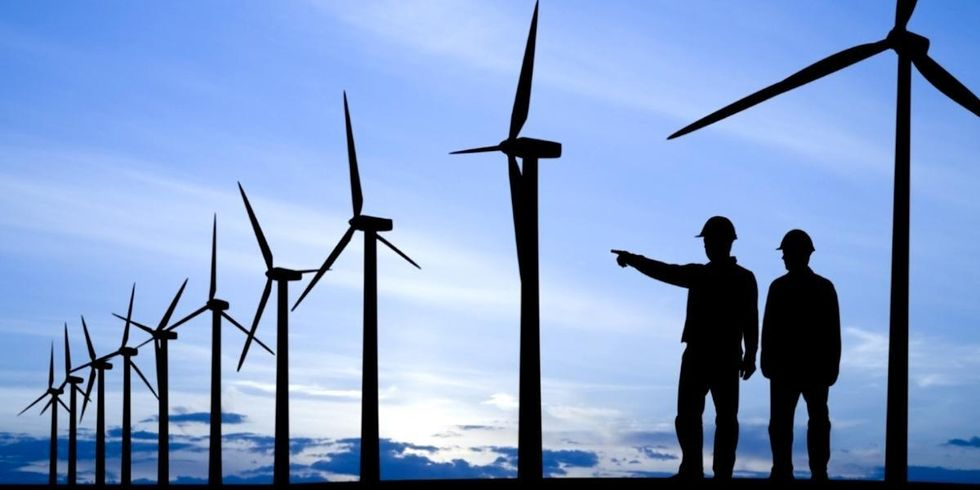 4 Ways Renewable Energy Is the Fastest Path to a Booming Economy