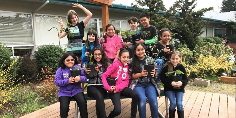 10 Oregon Schools Expand Classroom to Include the Great Outdoors