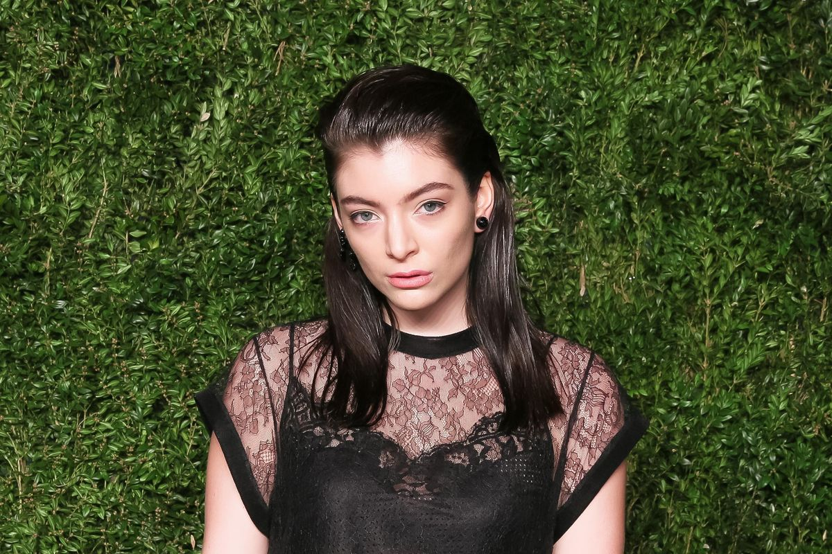 Watch the Raw New Songs Lorde Premiered at Her LA Show Last Night