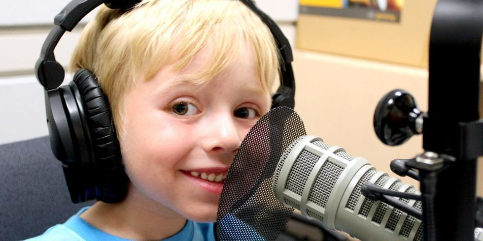 6-Year-Old Science Prodigy Hosts Trending Podcast