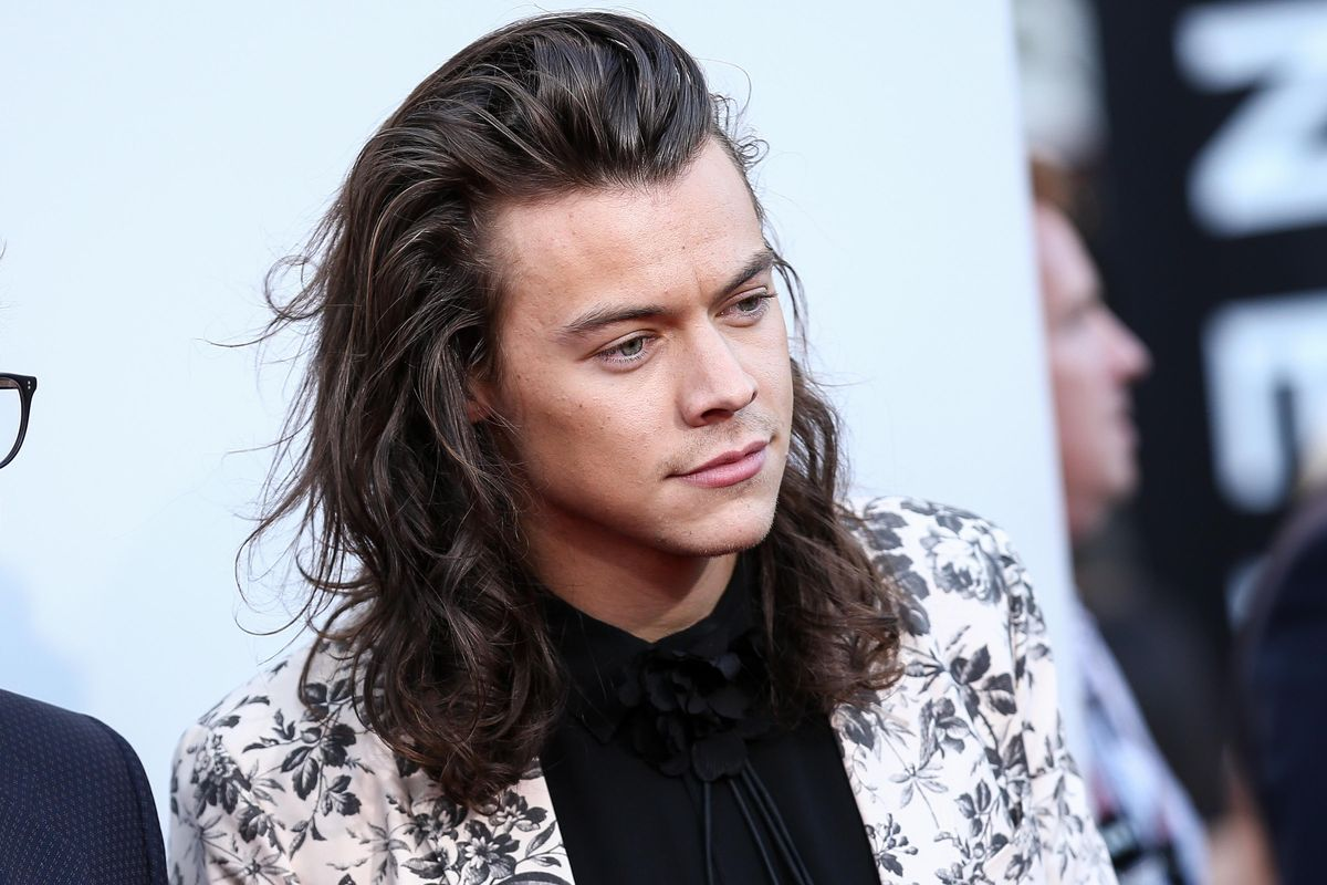The Internet Is Convinced Harry Styles Wrote a Song For Taylor Swift