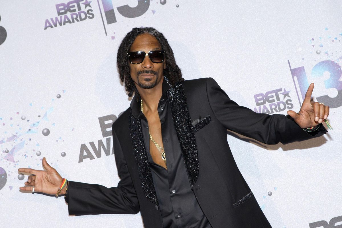Snoop Dogg Does Us Proud, Sets Off Every Smoke Alarm in His Hotel By Celebrating 4/20