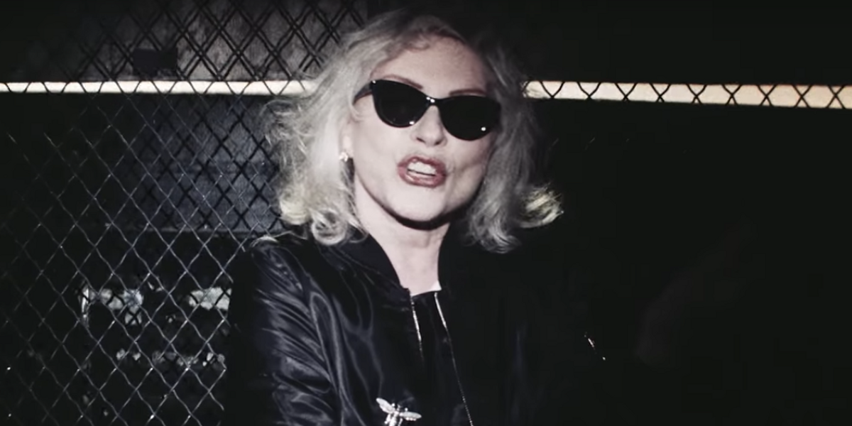 Watch Debbie Harry Play Taxi Driver In the New Blondie Video