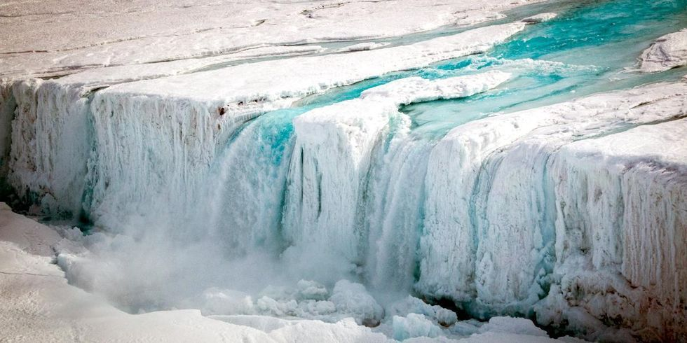 Giant Waterfall in Antarctica Worries Scientists