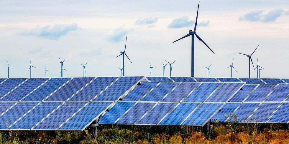 Wind + Solar Provide Majority of New Generating Capacity in Q1