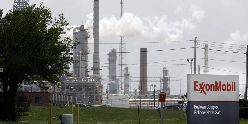 Judge to Exxon: Pay $20 Million for Violating Clean Air Act More Than 16,000 Times