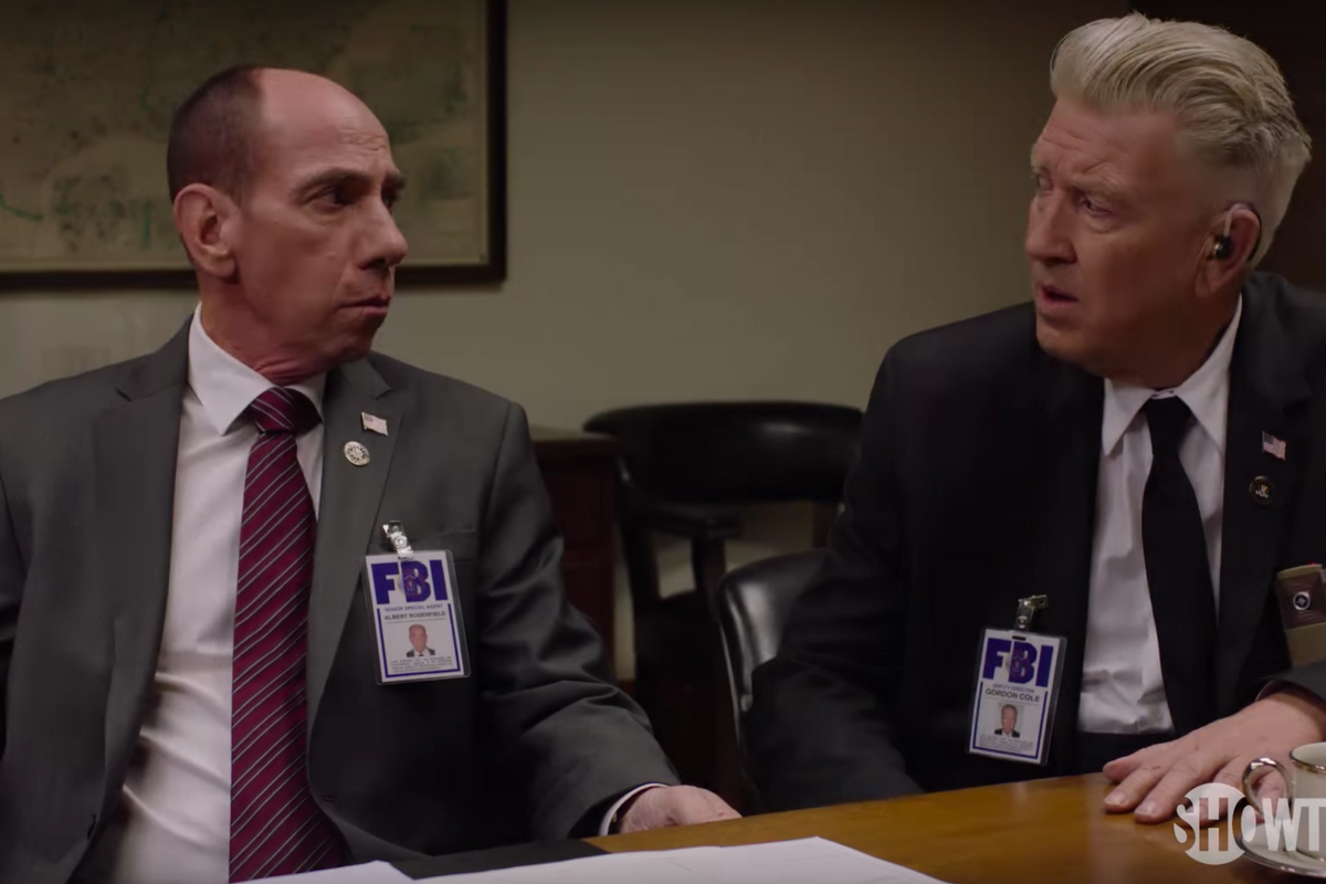 The Spine-Tingling New Twin Peaks Trailer Features A Lot Of (CRAZY) New Faces