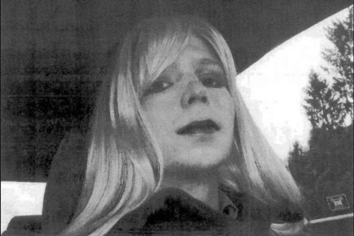 UPDATE: Chelsea Manning Has Posted the First Post-Prison Pic of Herself and She's Glorious