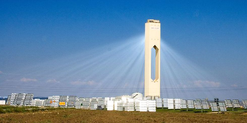 Concentrated Solar Works Day and Night With No Batteries Required