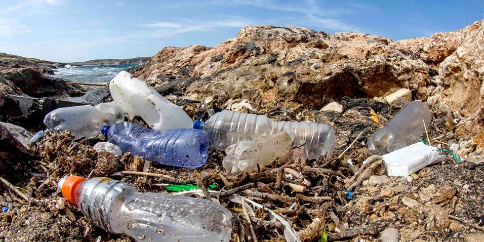9 Shocking Facts About Plastics in Our Oceans