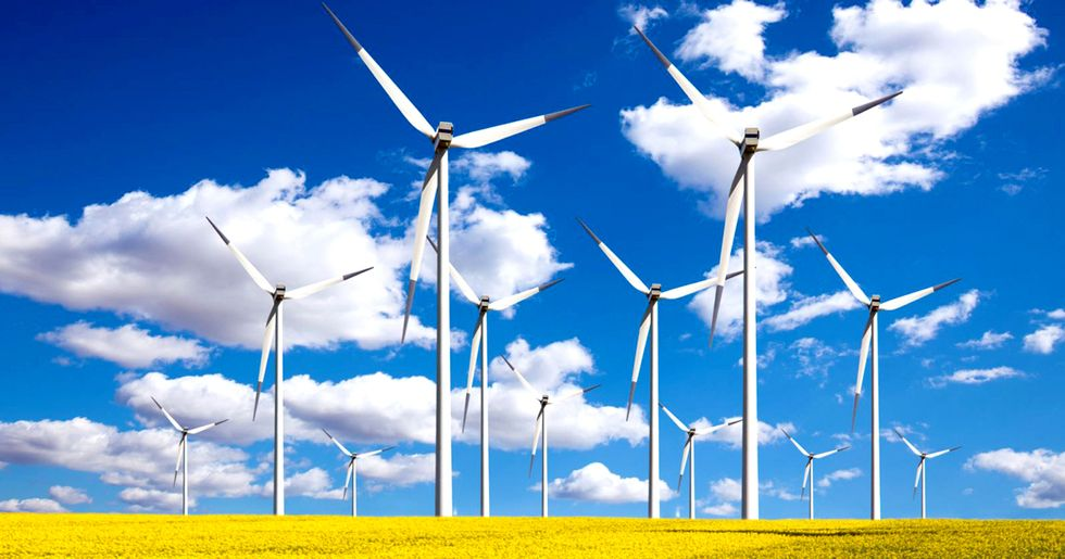 For First Time Ever, U.S. Gets 10% of Electricity From Wind and Solar