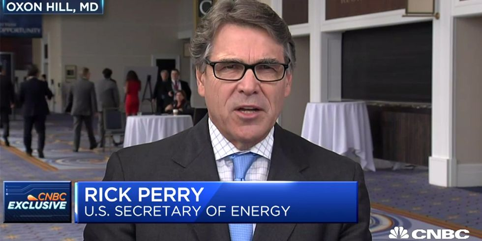 Head of Energy Dept. Denies CO2 Is Main Cause of Climate Change
