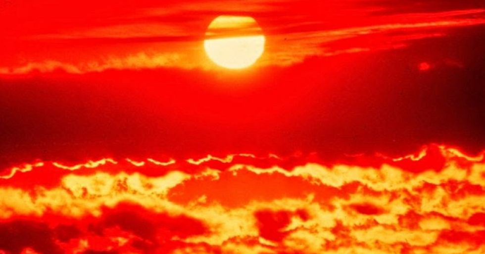 Extreme Heat Grounds Flights in Arizona as Death Valley to Reach Whopping 127 Degrees