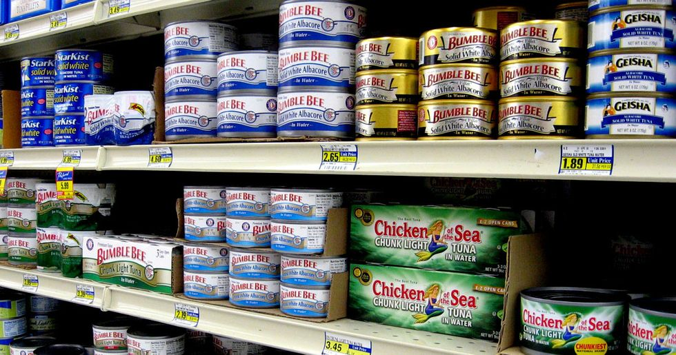 Why Do Unsustainable Tuna Brands Dominate Shelf Space in Grocery Stores?