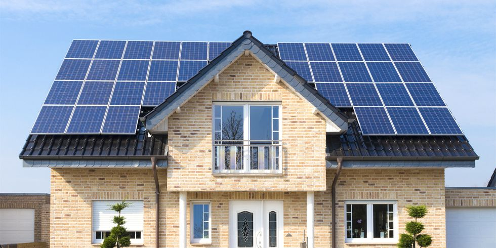 How Utilities Are Trying to Slow Down Rooftop Solar