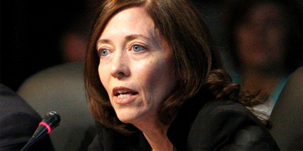 Does Maria Cantwell Stand With the Environment or Stand With Donald Trump?