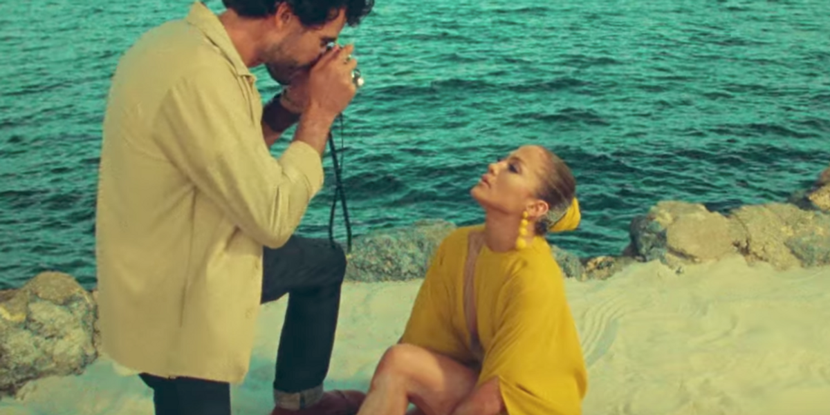 Jennifer Lopez's New Video for 'Ni Tu Ni Yo' Is One Long Sultry, Tropical Photoshoot
