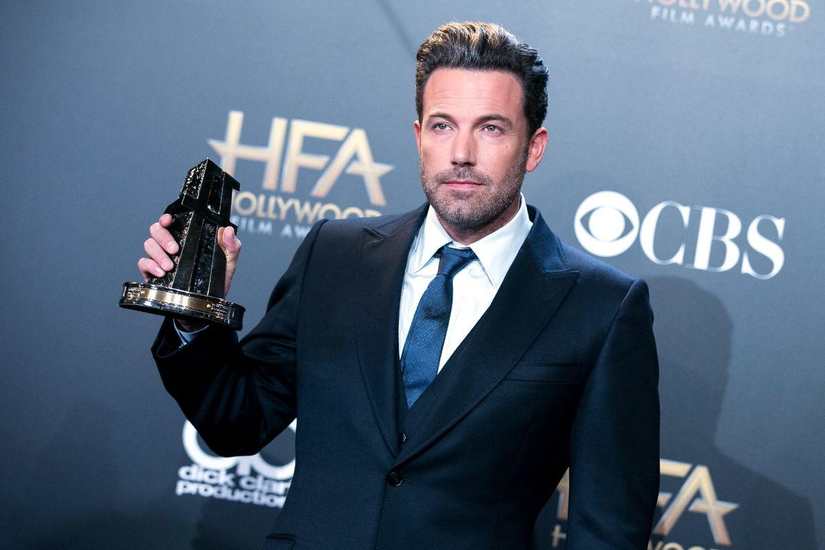 """Ben Affleck Felt Like a """"Serious Actor"""" After Gay Kiss in 'Chasing Amy'"""