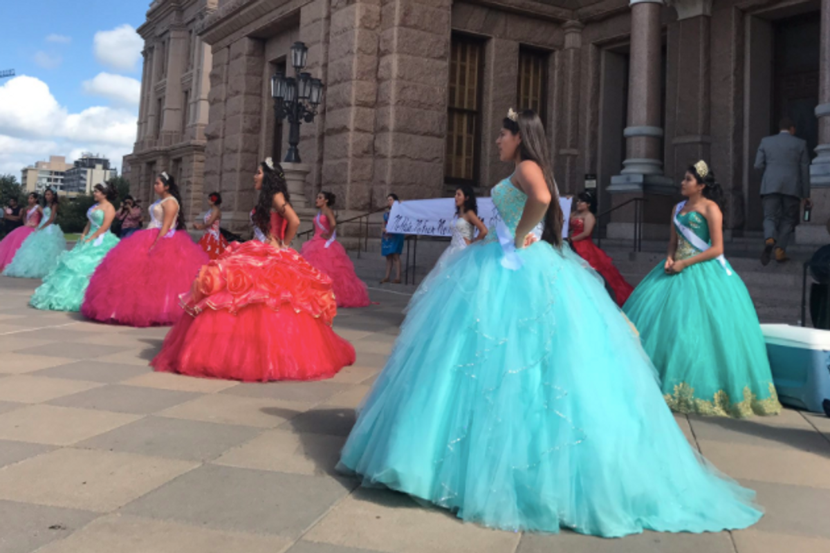Teen Girls Wear Quinceañera Dresses to Protest Discriminatory Immigration Law in Texas